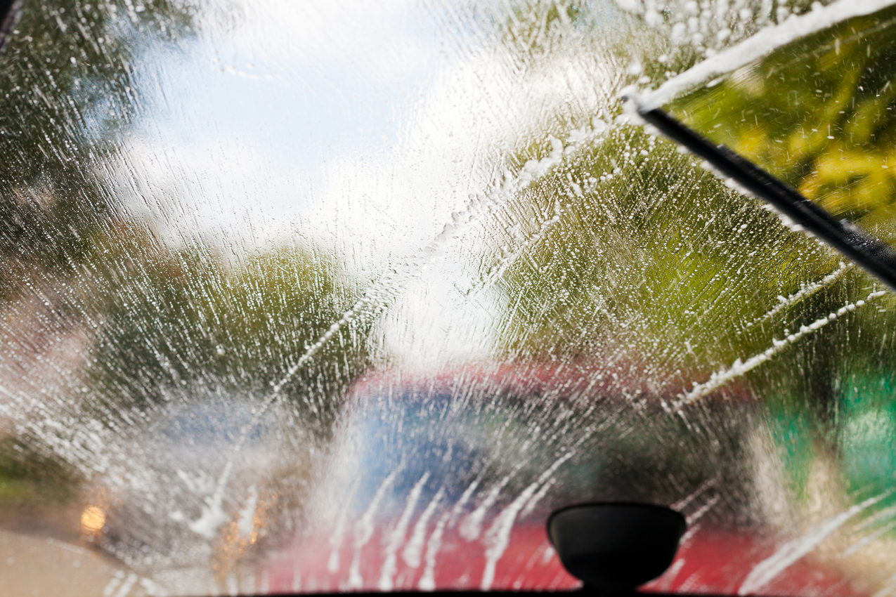 car maintenance tips: auto wipers clean windshield when driving in bad weather